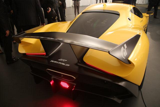 GT-Sport-Fittipaldi-EF7-Pininfarina-Vision-GT-13-640x428.jpg