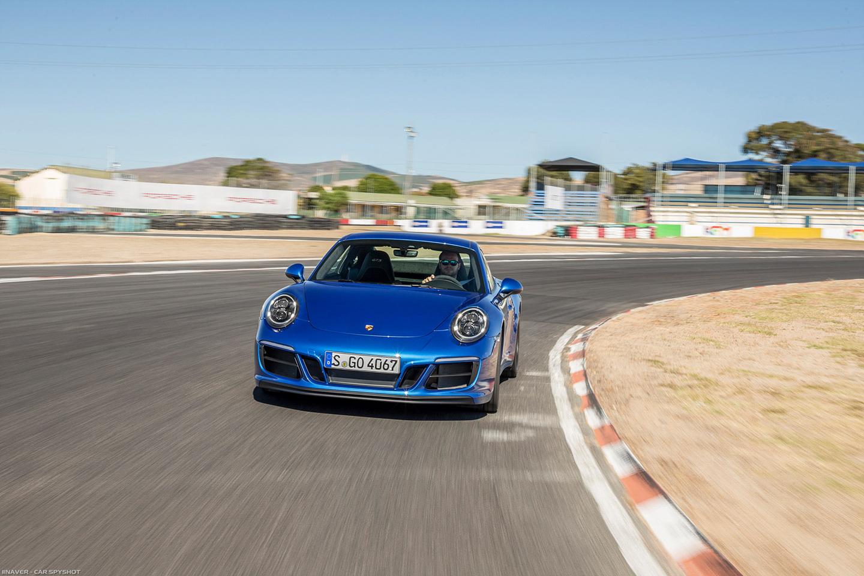 2017_Porsche_911_Carrera_GTS_007.jpg